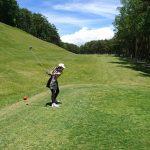 ゴルフは耳と耳との間で行うゲーム